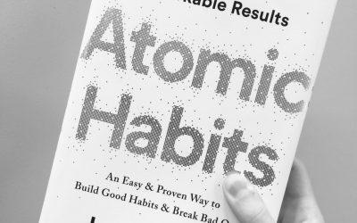 """Stapelfux hat gelesen: """"Atomic Habits"""" von James Clear"""